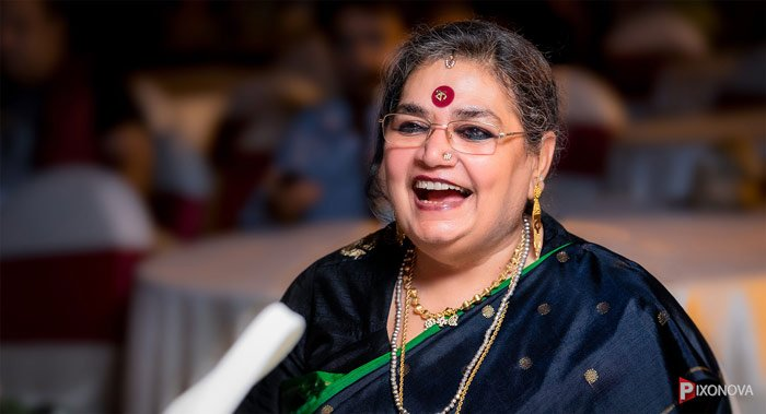 Usha Uthup's photography by event photographer